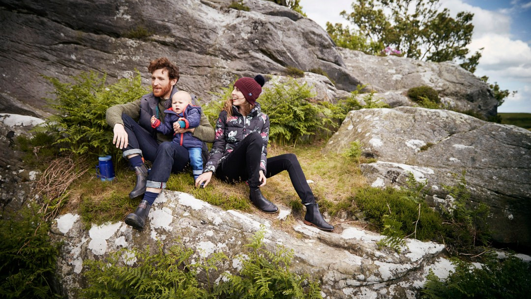 Joules issues profit warning after stock issue hits Christmas sales