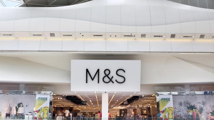Marks & Spencer profit slumps 20% as clothing sales sag | 20 May 2020